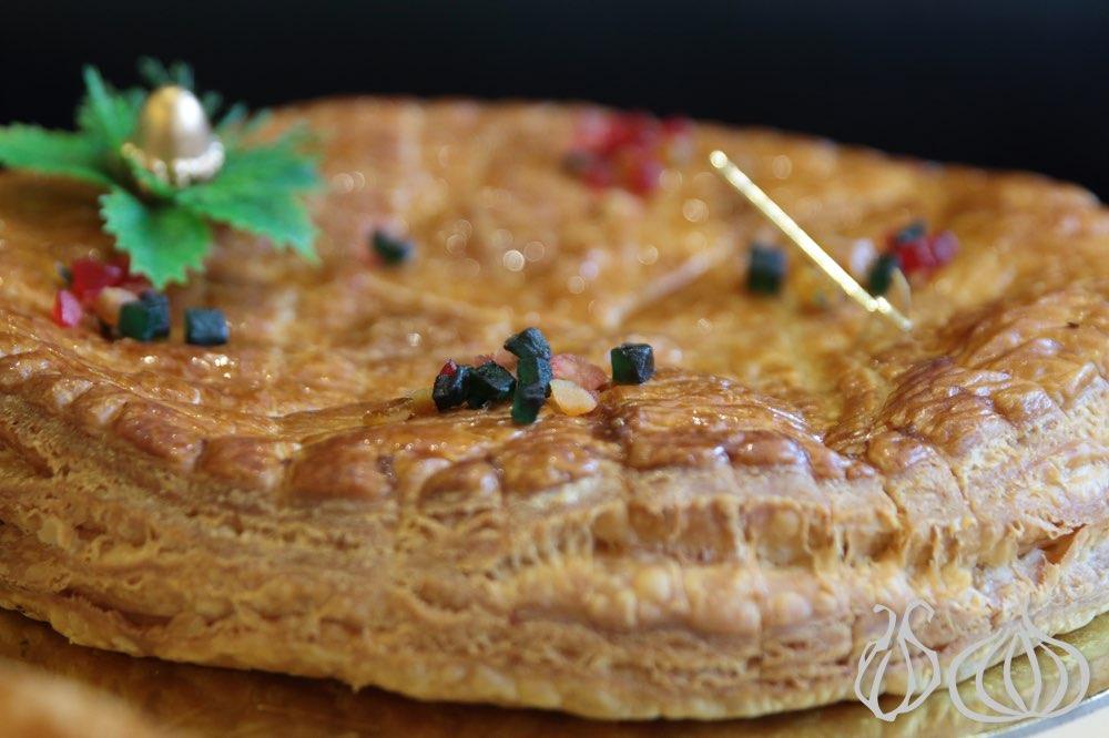 Galette des rois five expensive cakes five deceptions nogarlicnoonions - Decor galette des rois ...