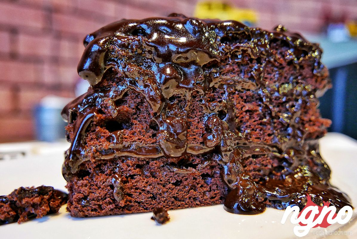 sandwiched-diner-chocolate-cake-jounieh-lebanon652017-02-12-10-36-58