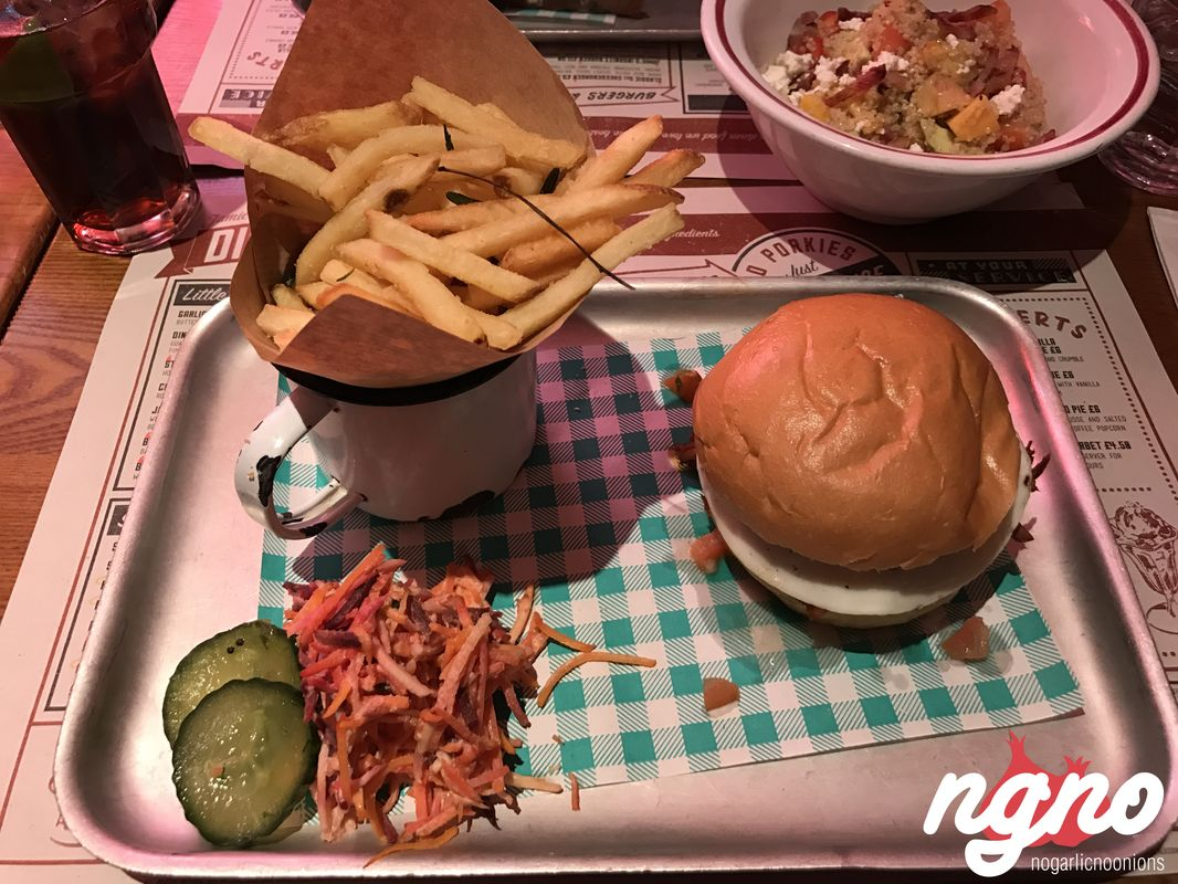 jamie-oliver-diner-restaurant-london72017-03-17-06-51-13