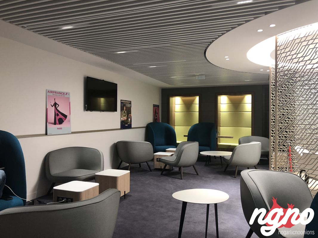 business-lounge-paris-nogarlicnoonions-502018-06-13-12-59-01