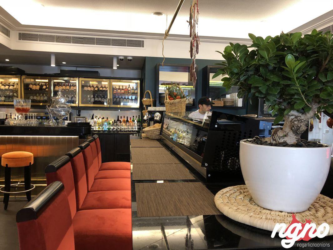 julias-sursock-restaurant-beirut-nogarlicnoonions-1522018-09-30-06-15-18