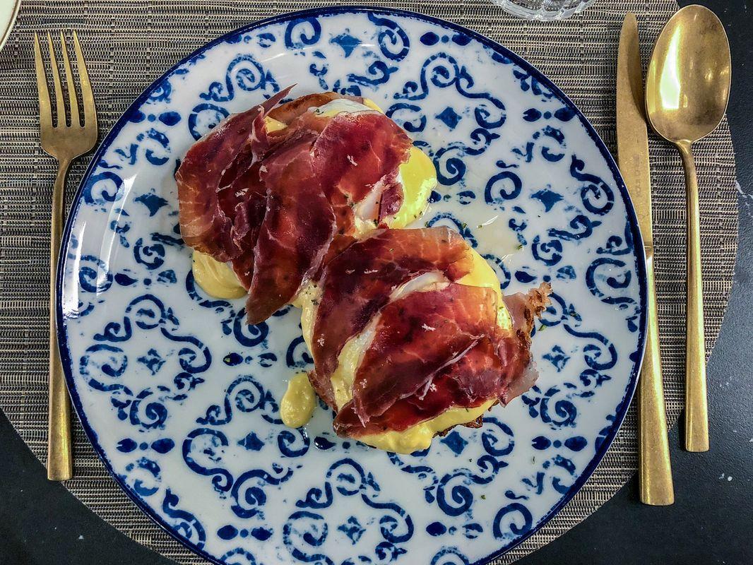 eggs-benedict2019-01-11-01-59-48