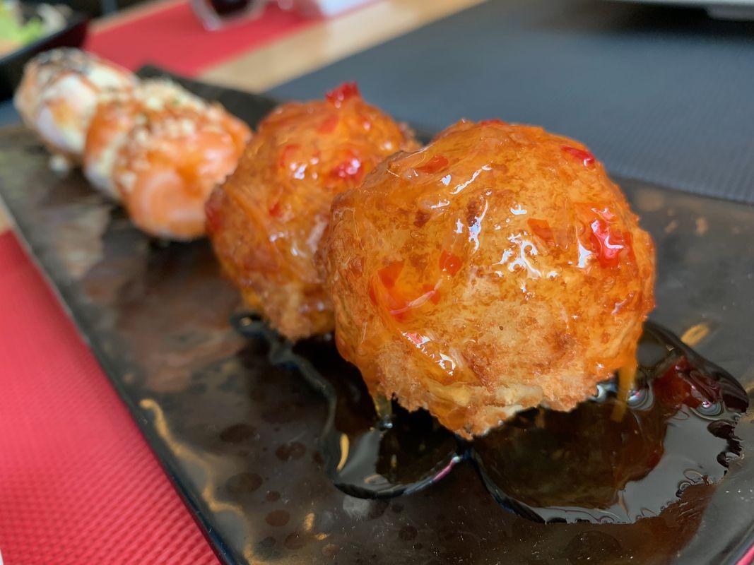 sushi-circle-achrafieh-beirut-nogarlicnoonions-252019-05-08-07-43-22