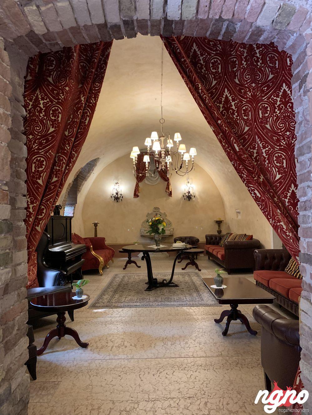 villa-cordevigo-nogarlicnoonions-1712019-06-06-09-12-01