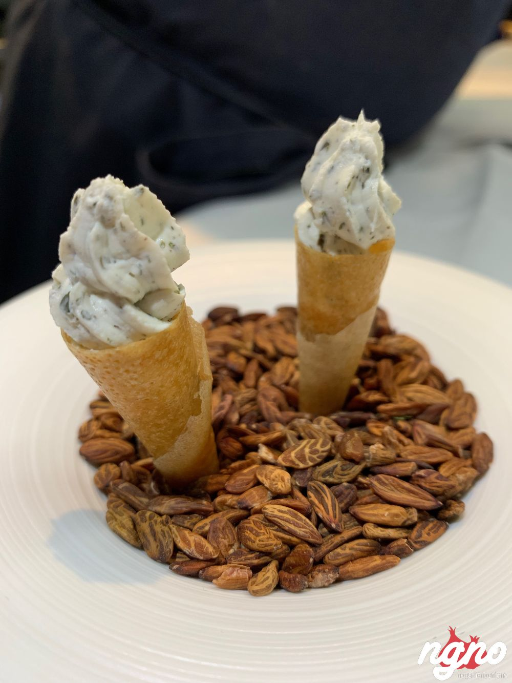 alan-geaam-starred-michelin-chef-paris-nogarlicnoonions-722019-02-18-07-51-252020-01-15-08-19-48