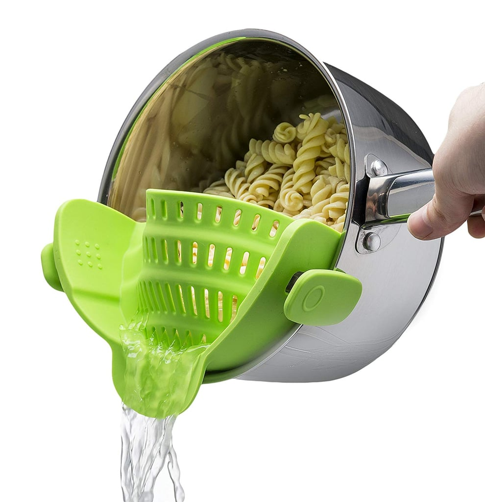 Kitchen-Gizmo-Snap-N-Strain-Strainer