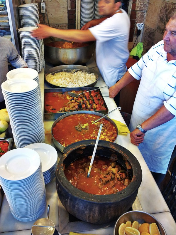Ali baba local cuisine in istanbul 39 s bazar for Ali baba cuisine