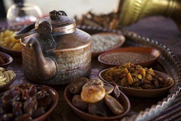 Ramadan Kareem from NGNO - Tips on a Proper Diet :: NoGarlicNoOnions