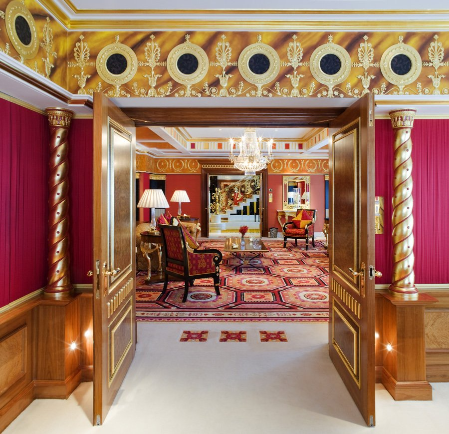 Inside the most expensive hotel room in the world for Most expensive hotel room in the world
