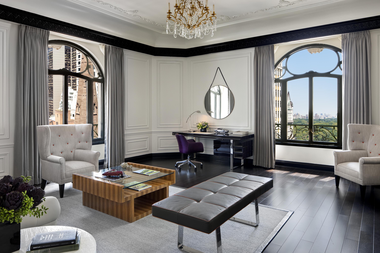 Bentley Enters The Bedroom In Style Nogarlicnoonions