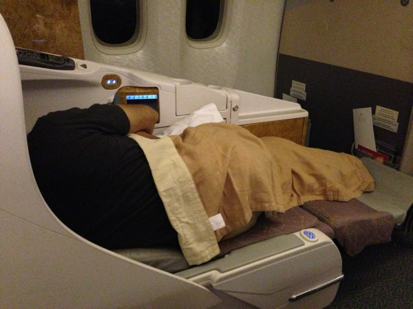 Emirates_Airlines_Business_Duabi_Mumbai33