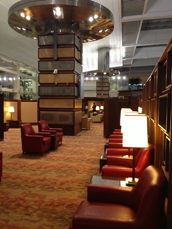Emirates_Airlines_Business_Lounge_Dubai53