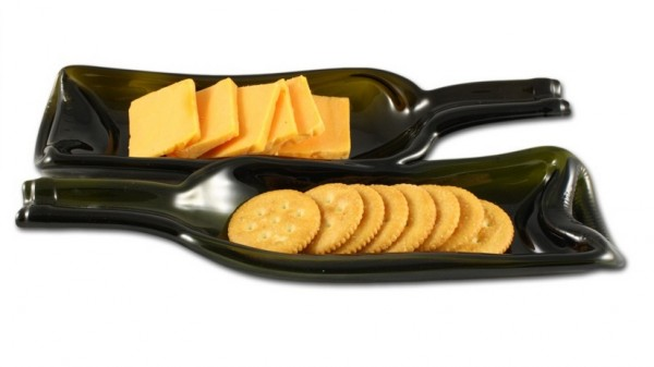 Wine-Bottle-serving-platters-600x337