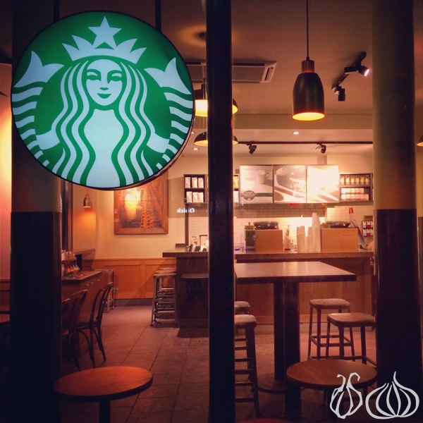 Starbucks_Coffee_Paris45