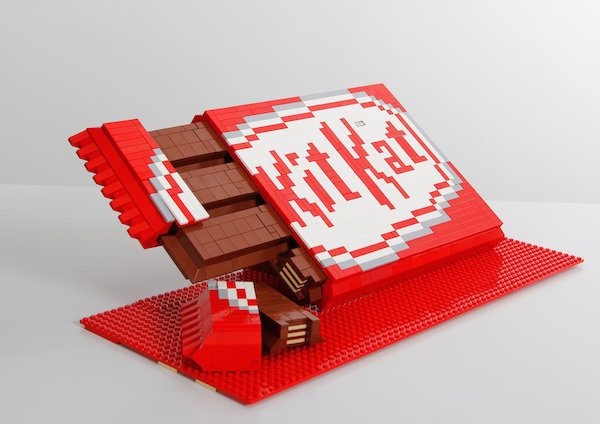 kit-kat-LEGO-5