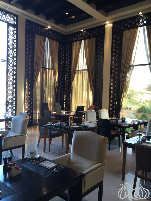 Banyan_Tree_Al_Wadi_Hotel_Breakfast02