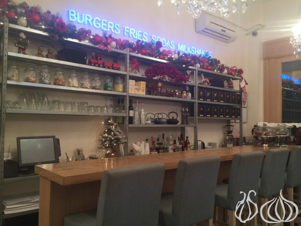 Frosty_Palace_Best_Burger_Beirut44