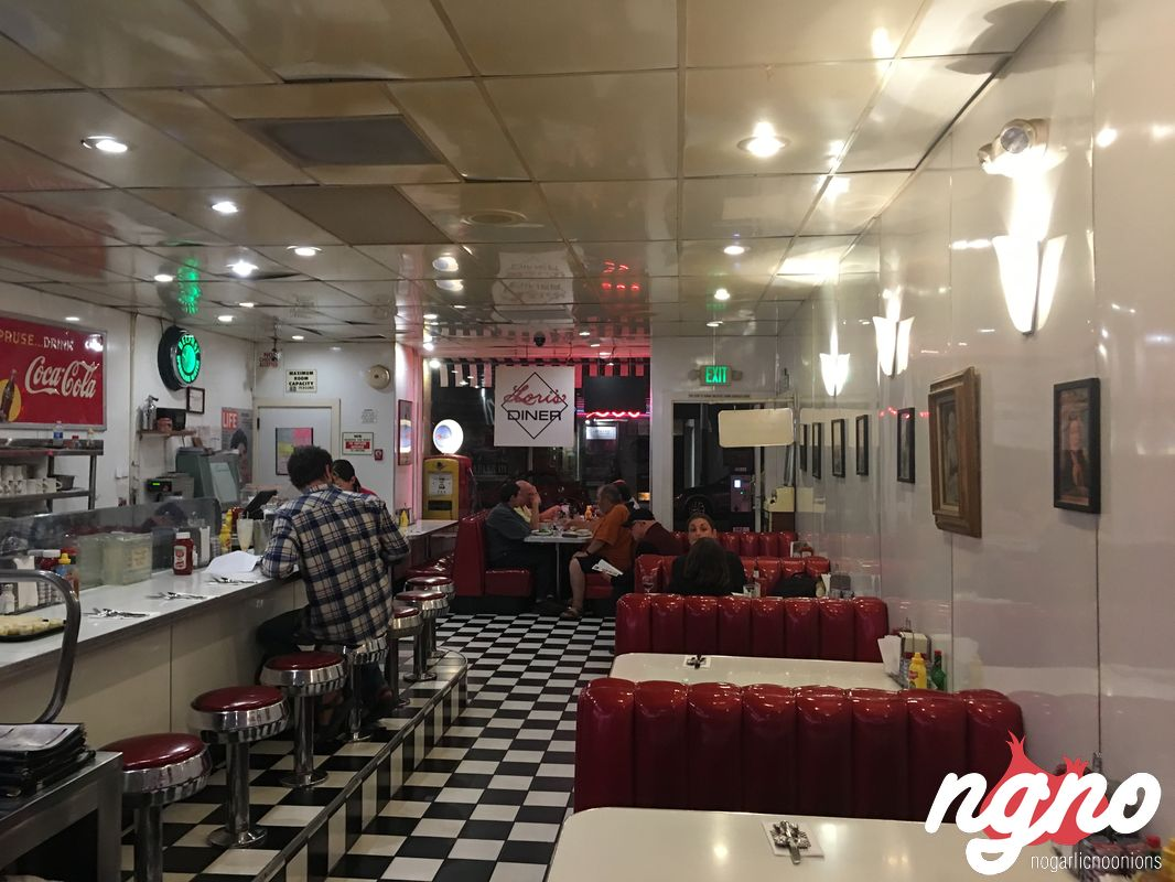 Lori 39 s diner a typical american diner in san francisco for American cuisine san francisco