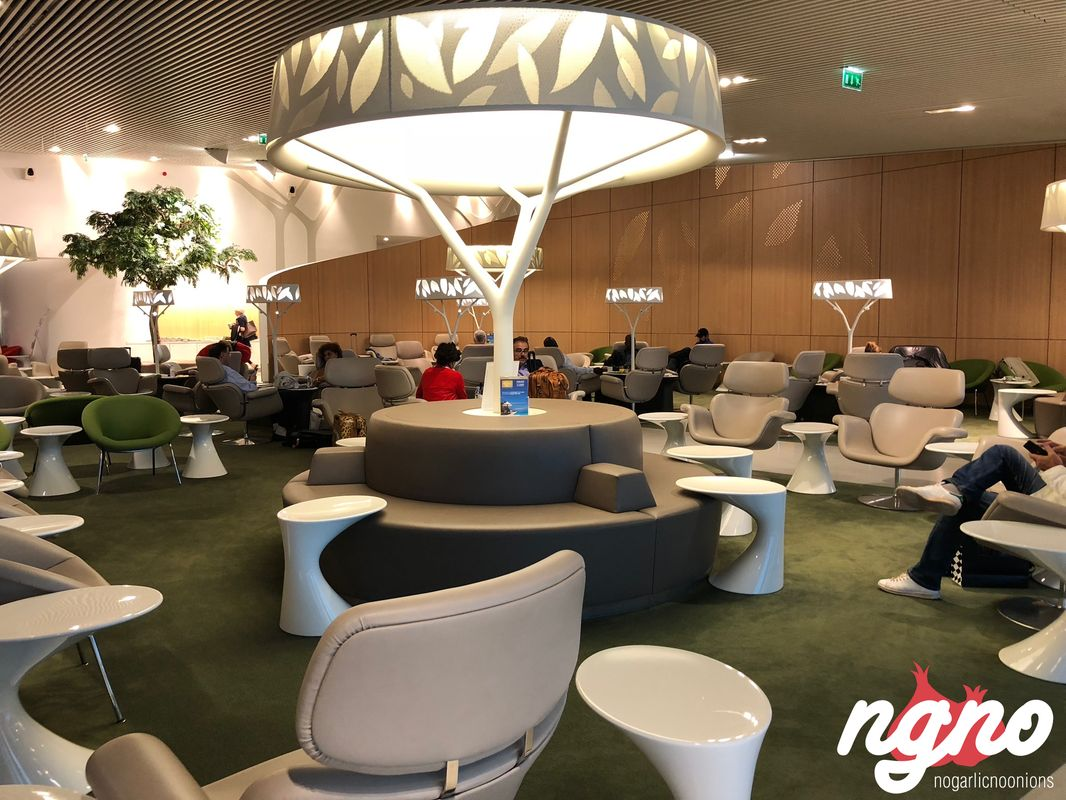 lounge-m-terminal-e-paris-cdg-airport232017-10-25-09-19-23