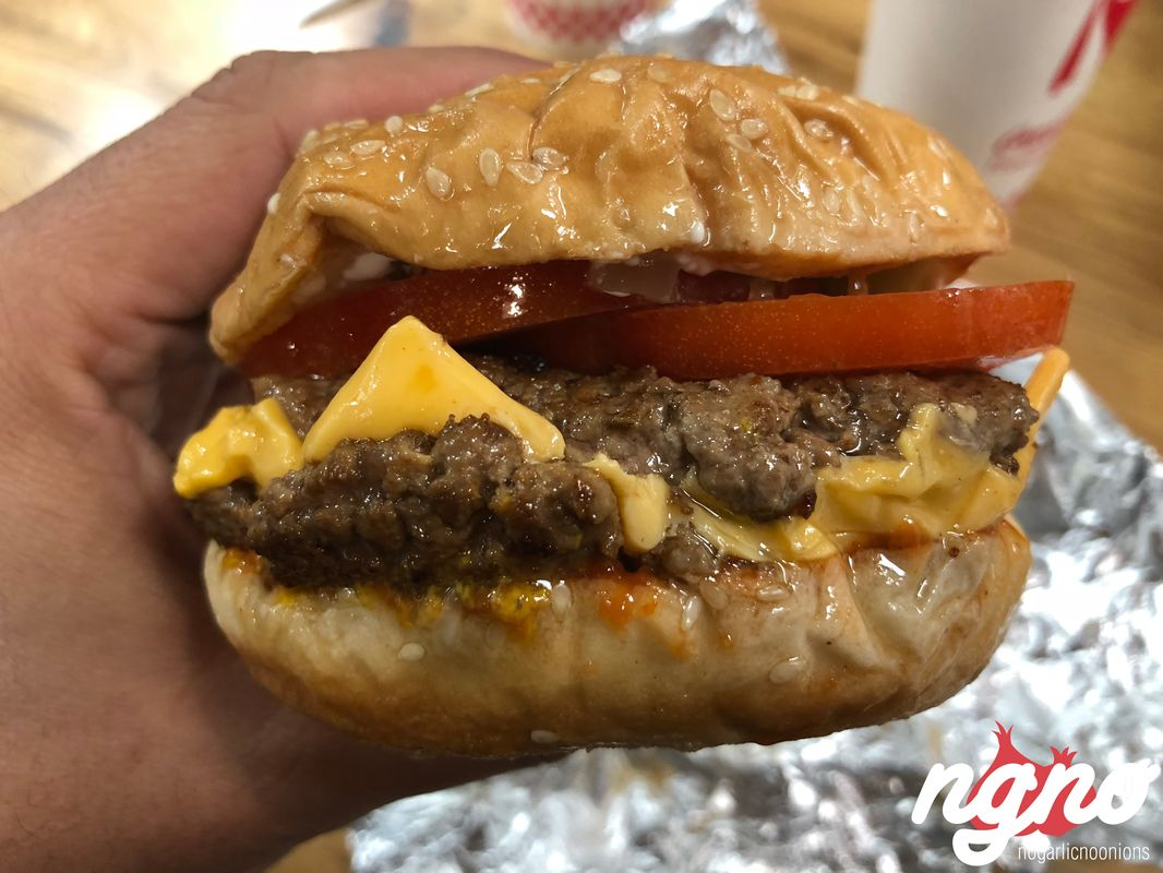 five-guys-paris-champs-elysees-nogarlicnoonions242017-11-15-08-38-08