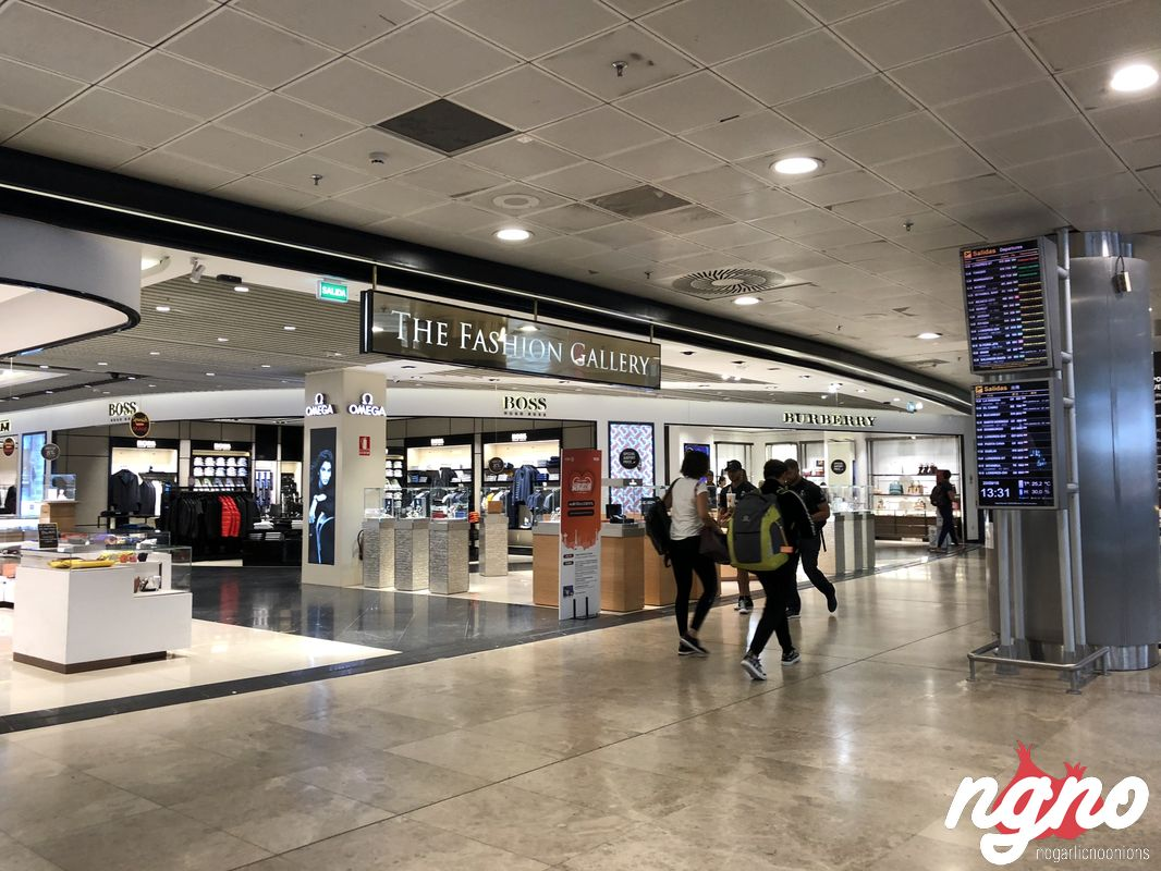 airport-madrid-nogarlicnoonions-462018-09-22-06-31-05