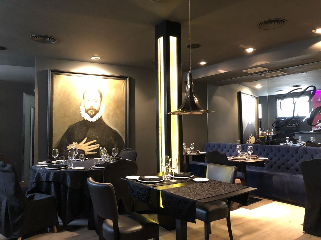 maruxina-lounge-toledo-restaurant-spain-nogarlicnoonions-662018-09-19-07-02-27