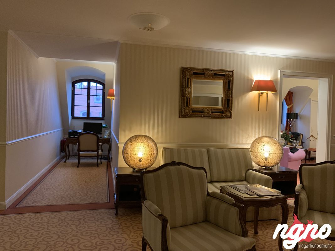 bulow-palais-hotel-nogarlicnoonions-362019-01-20-08-42-37