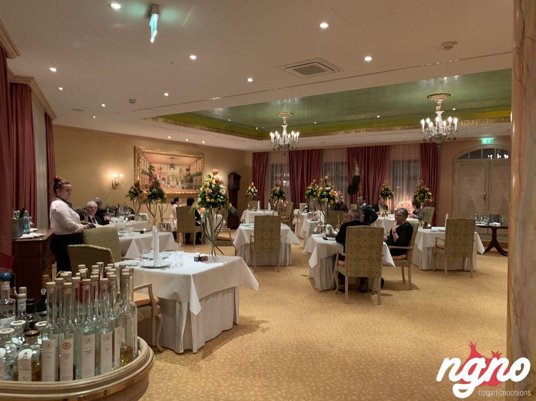 caroussel-michelin-dresden-restaurant-nogarlicnoonions-1012019-01-20-08-14-29