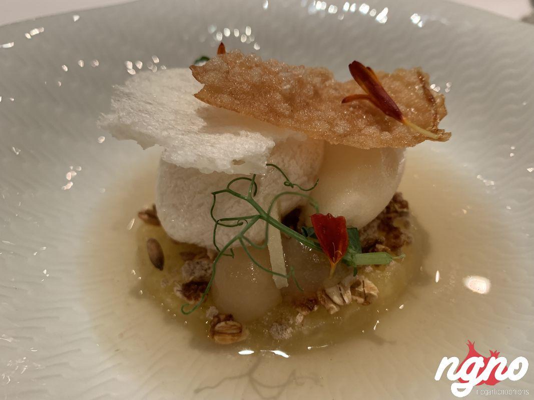 caroussel-michelin-dresden-restaurant-nogarlicnoonions-172019-01-20-08-13-18