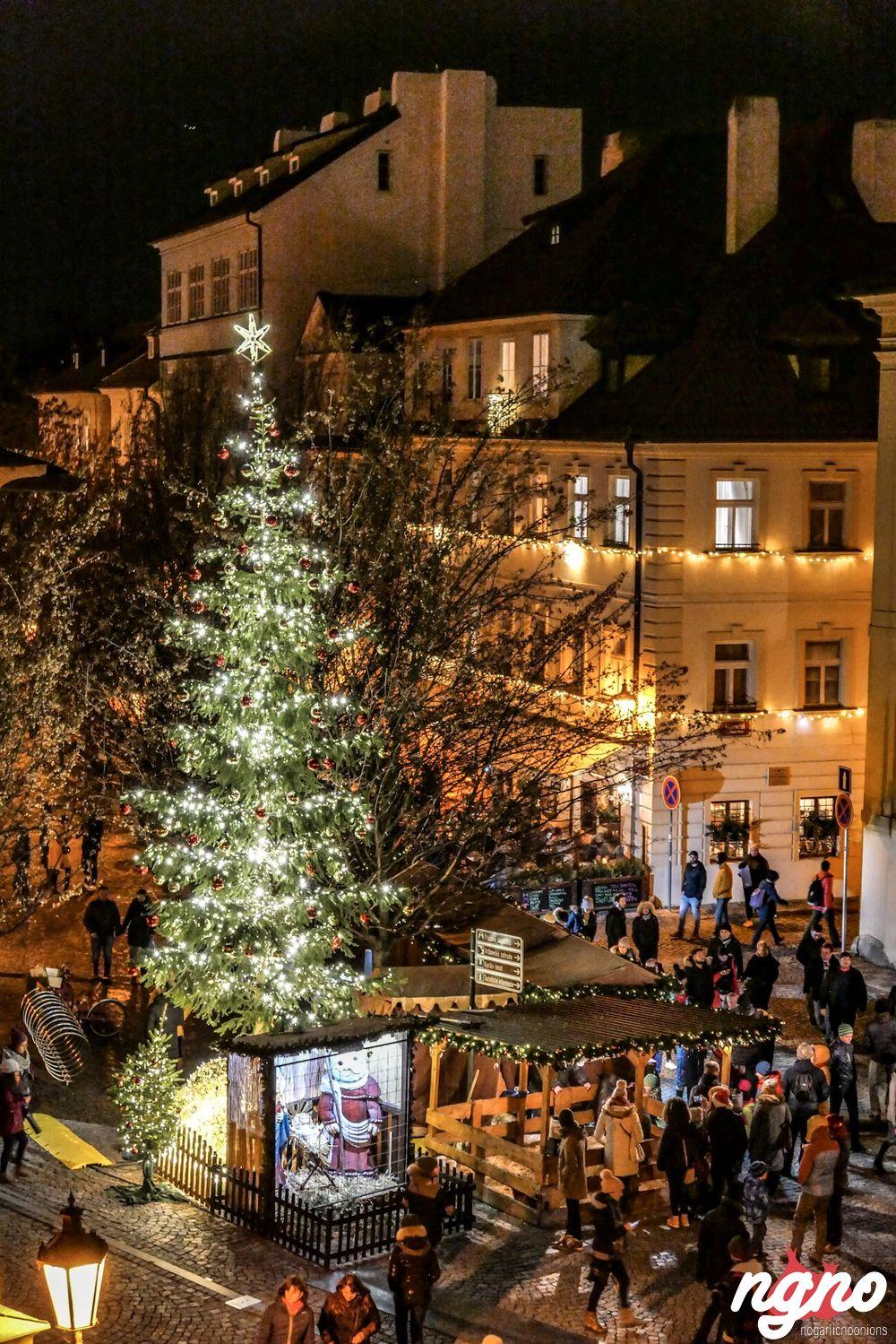 Prague Christmas Market.Prague Christmas Market Nogarlicnoonions Restaurant