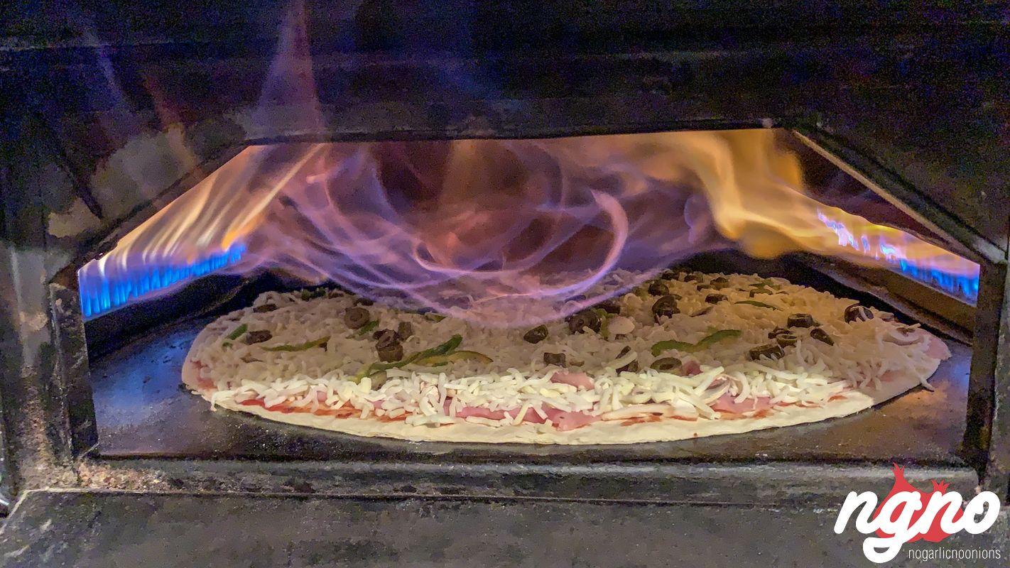pizza-charbel-hasroun-nogarlicnoonions-132019-03-03-07-26-09