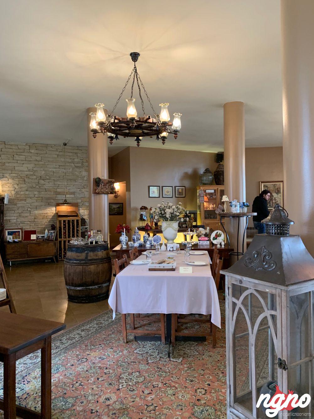 tallet-nasr-naas-restaurant-nogarlicnoonions-1022019-03-22-09-22-49
