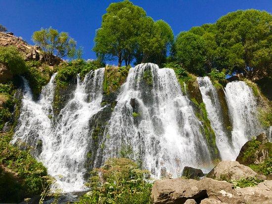 4-shaki-waterfall2019-07-23-04-57-17