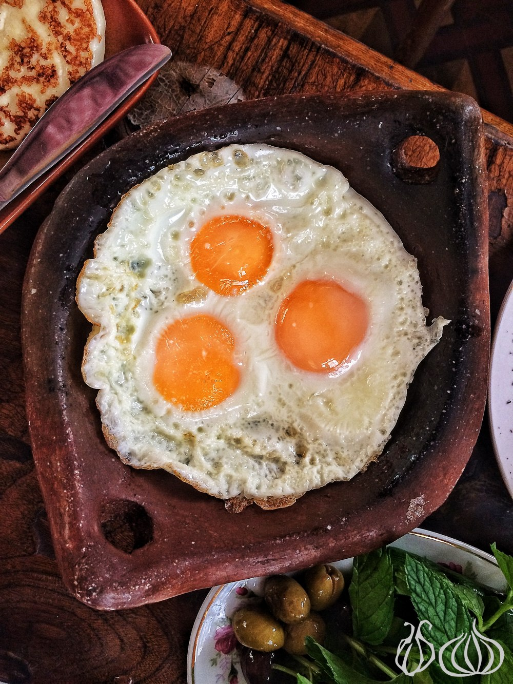 al-falamanki-restaurant-special-breakfast-labneh-cheese-eggs372014-09-15-09-28-26
