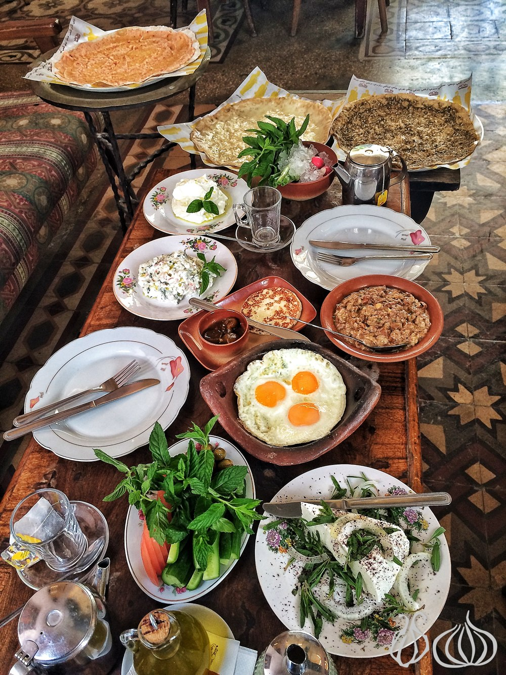 al-falamanki-restaurant-special-breakfast-labneh-cheese-eggs382014-09-15-09-29-11