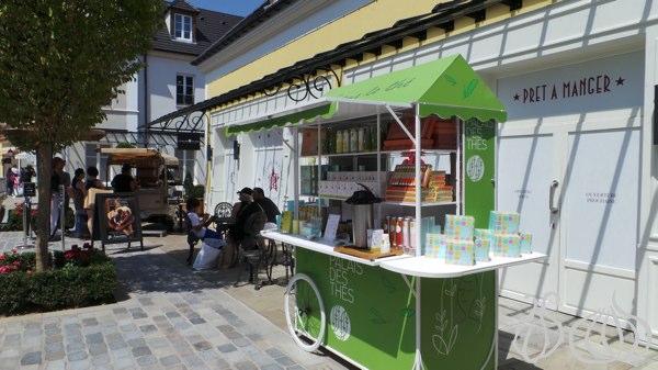 moncler val d 39 europe village restaurant. Black Bedroom Furniture Sets. Home Design Ideas