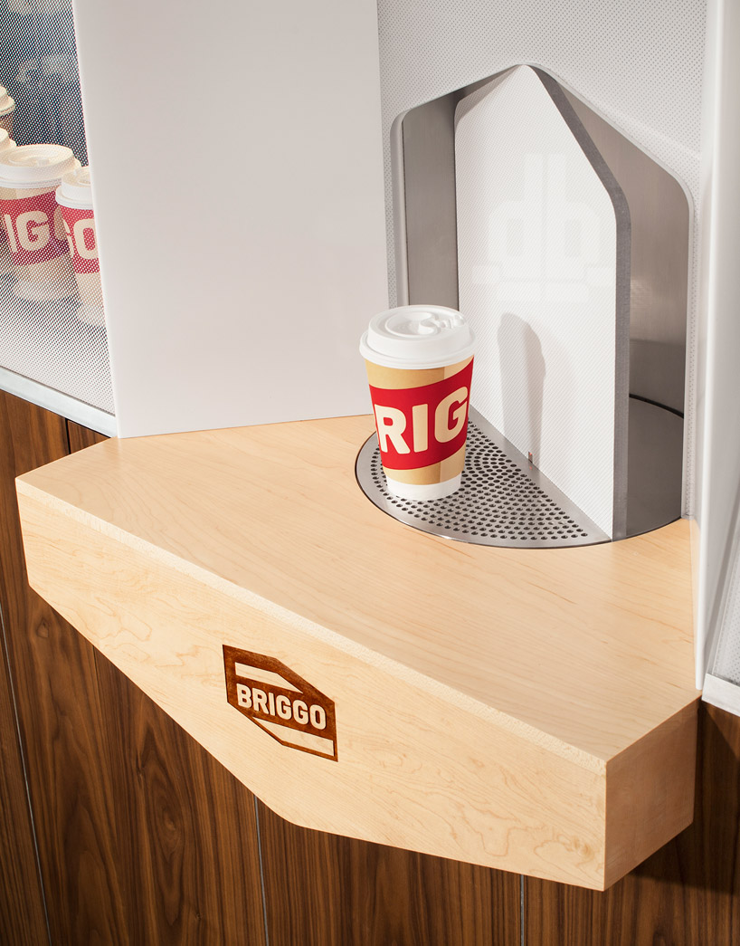 coffee-haus-yves-behar-fuseproject-briggo-designboom-04