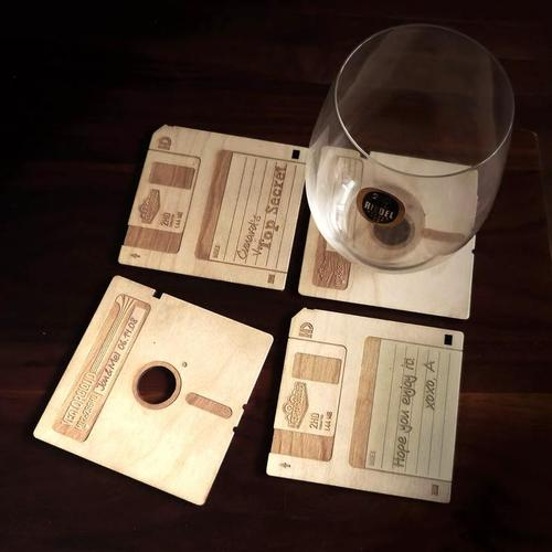 Customizable-Floppy-Disk-Coasters_