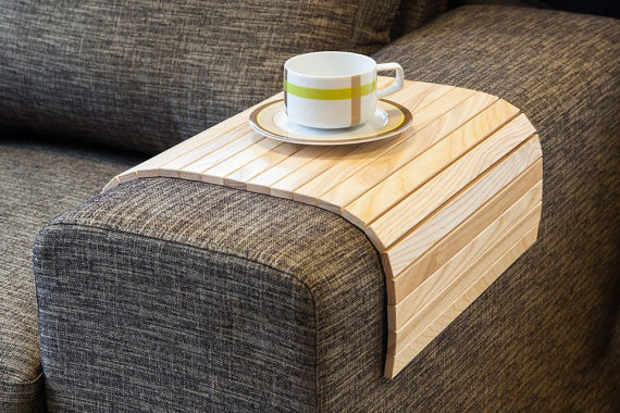 Lip-Lap-Sofa-Tray