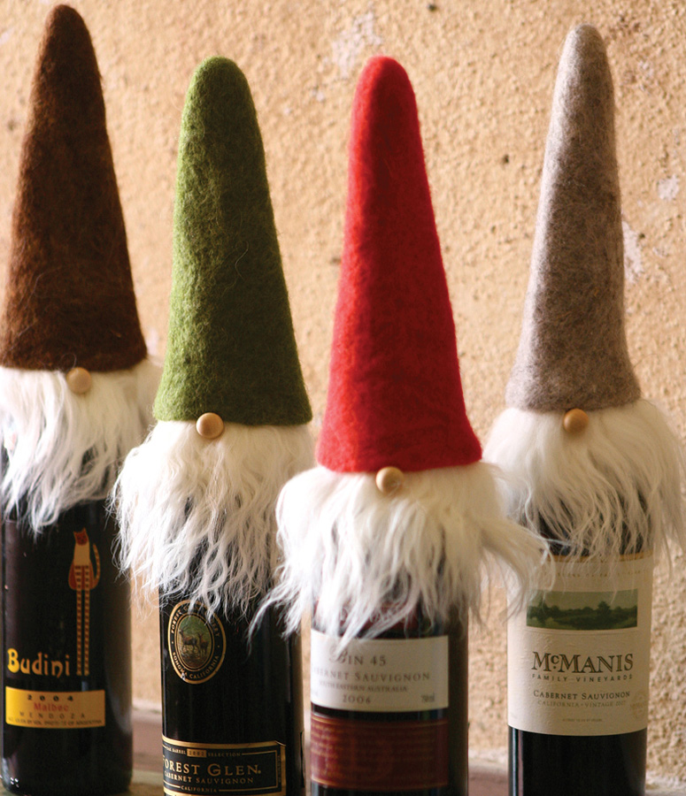 wispy-beard-santa-wine-toppers-xl