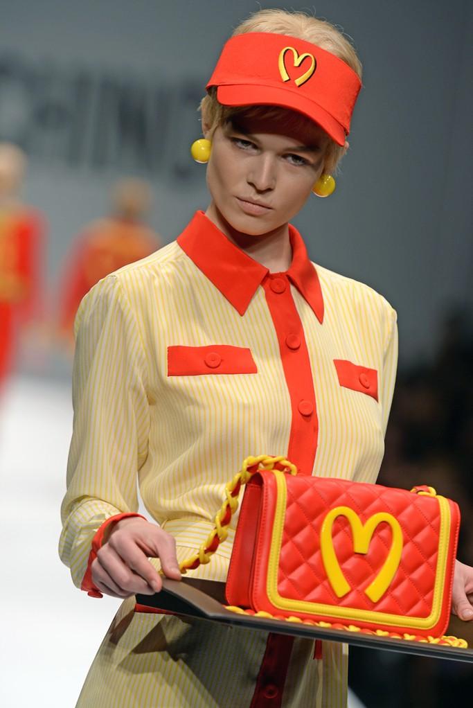 Moschino-Fall-2014-bag-3
