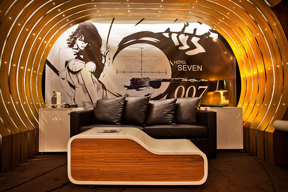 James-Bond-007-Suite-In-Paris-Hotel-0