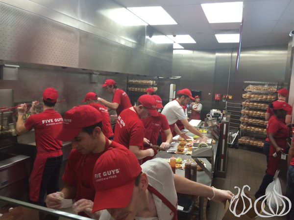 Five_Guys_Burgers_London49