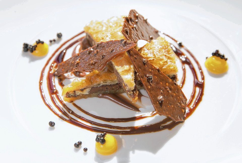 ( Alex Garcia, Chicago Tribune / March 11, 2014 ) The Nutella Baklava dessert at Travelle restaurant in Chicago.