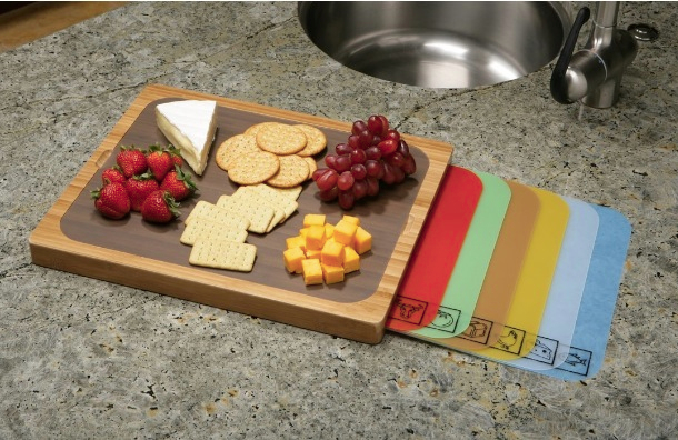 Seville-Classics-Bamboo-Cutting-Board-with-Removable-Cutting-Mats